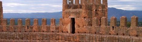 Murallas milenarias del Castillo, Baños de la Encina Ruta de los castillos y batallas, Jaén, Andalucía
