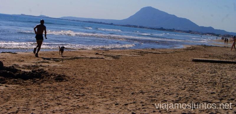 Playa, vistas, buen ambiente, ¿algo más que falte? #ViajarConSuegra por el Sur de España, playas, mar, beach