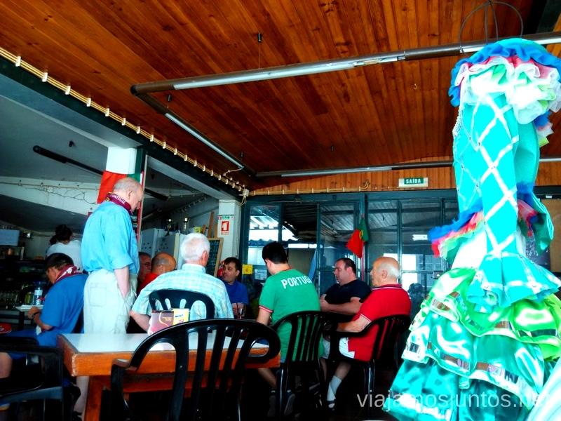 El bar más local en Lisboa Una ruta de 3 días por la zona de Lisboa Itinerario de viaje por los alrededores de Lisboa #ViajarConSuegra