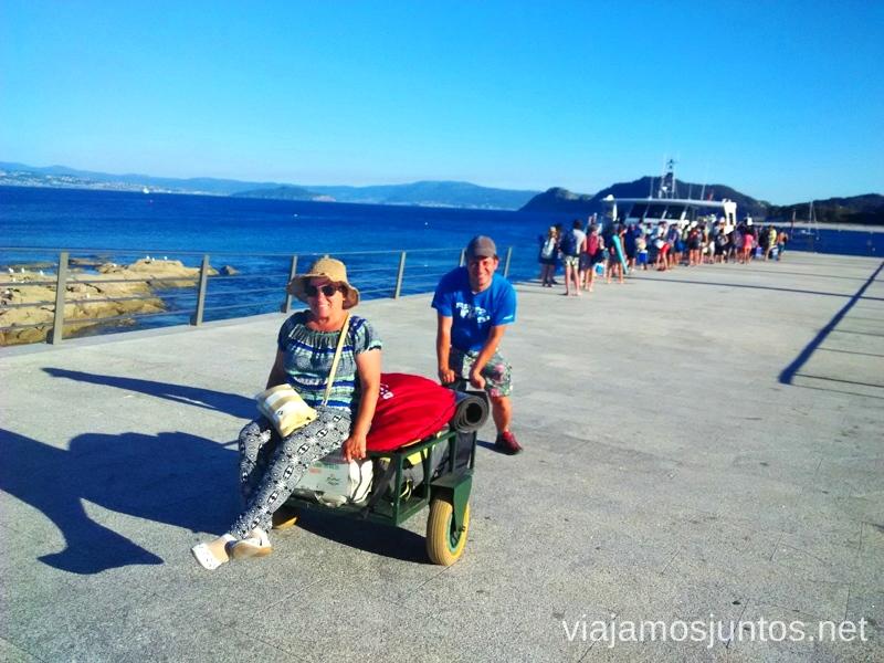 Los carritos de equipaje... y la Suegra Islas Cíes, las Islas Atlánticas, Galicia España Paraíso, playas paradisíacas #ViajarConSuegra