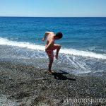 Probando: ¿Qué tal estará el agua en abril? Un fin de semana en Granada: bajada en bañador en la estación de esquí Sierra Nevada y playa en Almuñecar, Andalucía