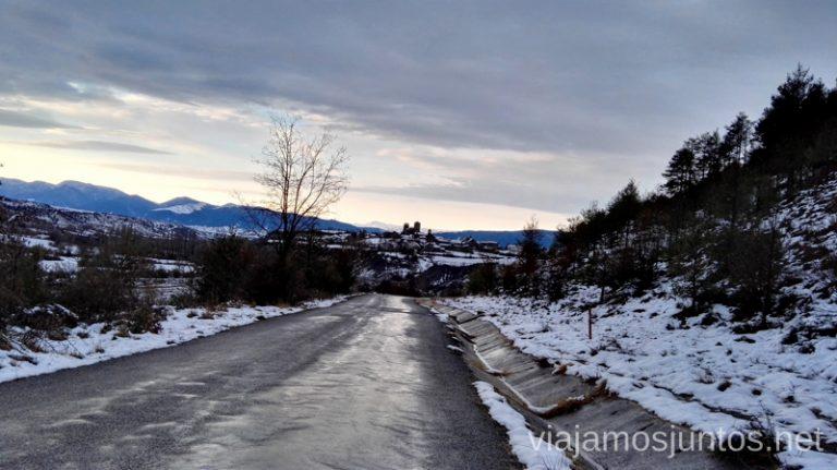 Carretera entre Larrés e Isín Esquiar en Formigal Donde encontrar mejores ofertas para esquiar barato en la estación de esquí Formigal Grupo Aramón