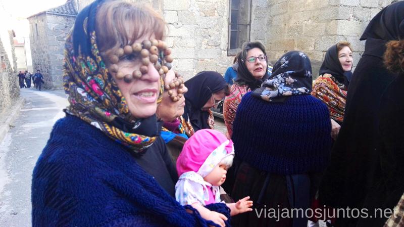 Anteojos de agallones Harramachos de Navalacruz, Ávila Mascaradas Abulenses en Gredos Carnavales