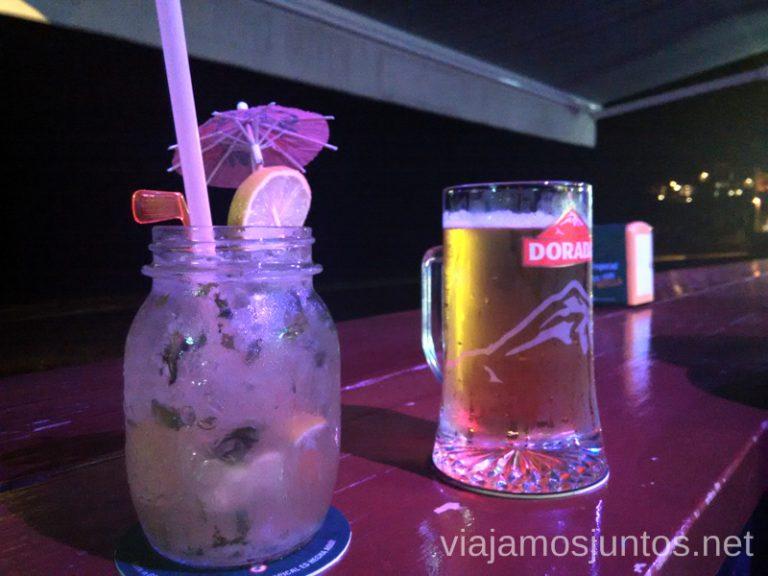 Un mojito en lel chiringuito de la playa Qué y dónde comer en la Palma, Islas Canarias #laPalmaJuntos
