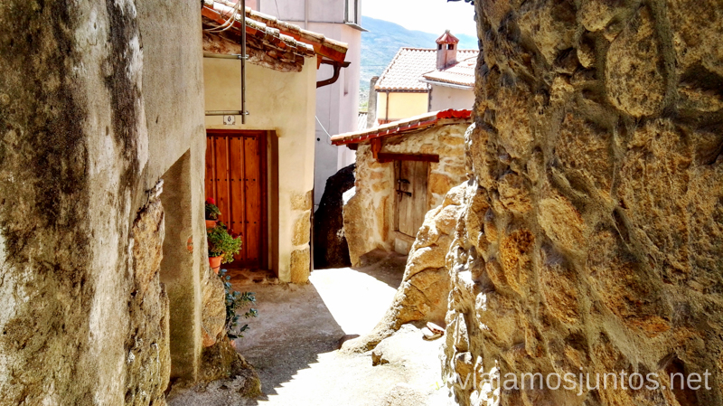 Callejeando por los pueblos con encanto del Valle del Jerte Ver cerezos en flor en el Valle del Jerte Consejos prácticos, turcos, rincones secretos