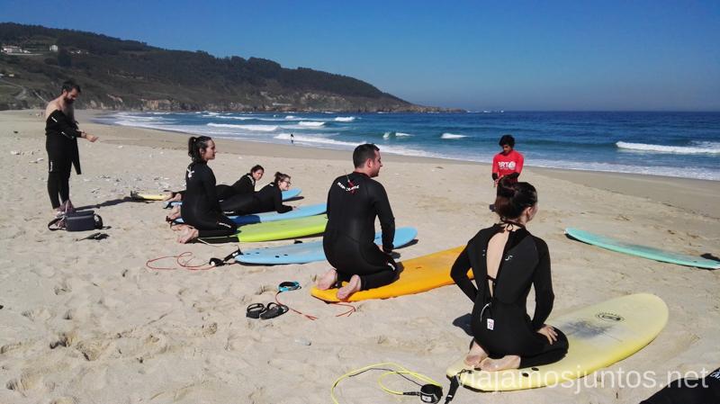 Preparados para surfear por primera vez Surfear por primera vez Surfear en Galicia #GanasdeArtSurfCamp