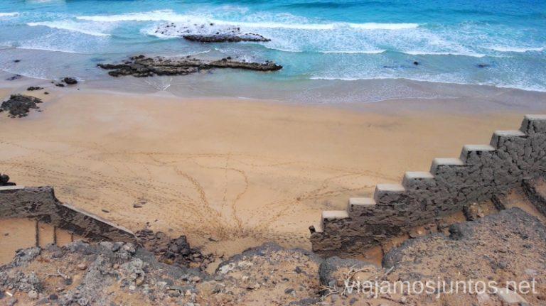 ¿Te atreves a bajar a esta playa de El Cotillo? 10 imprescindibles de Fuerteventura
