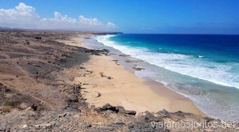 Surfear en Fuerteventura es una pasada