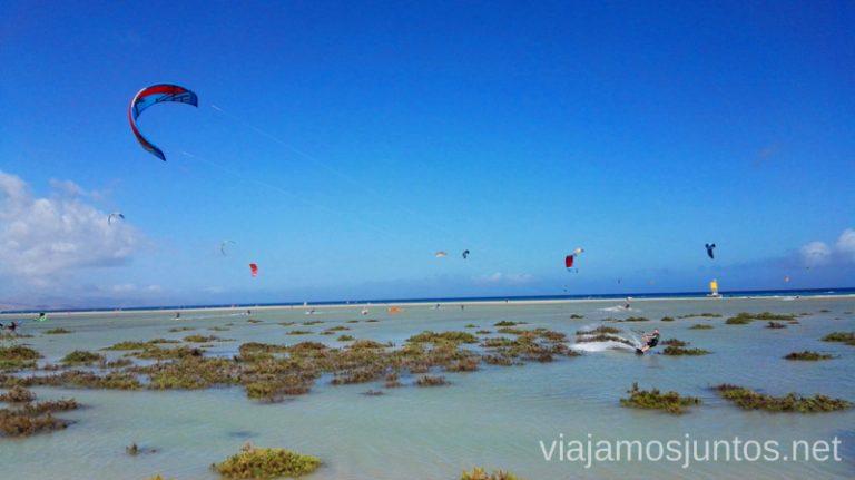¿Cuántos kite-surfistas ves? 10 imprescindibles de Fuerteventura