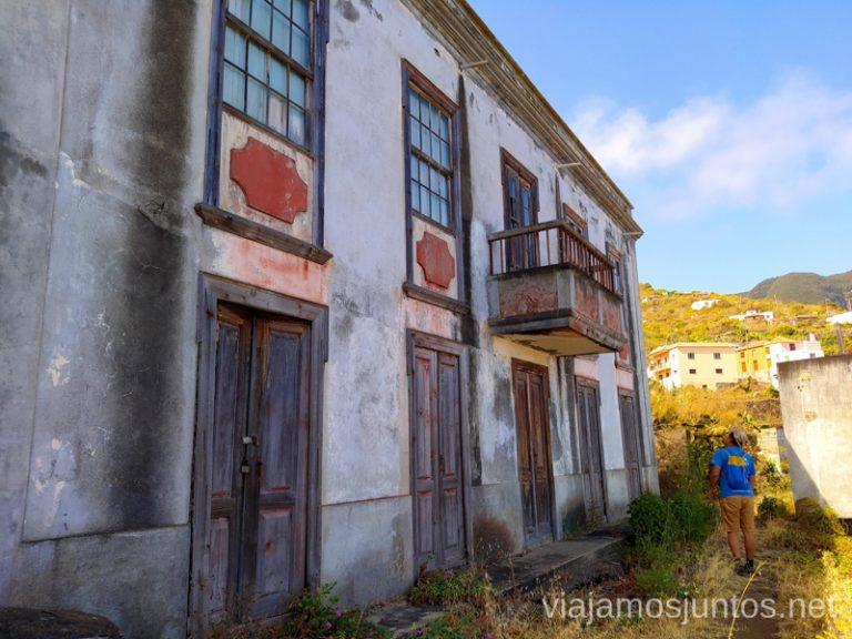 Entrando en El Tablado, uno de los pueblos más aislados de La Palma.