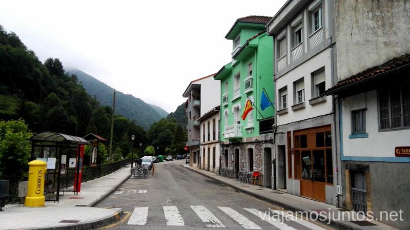 Dónde comer: debajo del hotel verde Qué ver y hacer en Belmonte de Aranda, Asturias