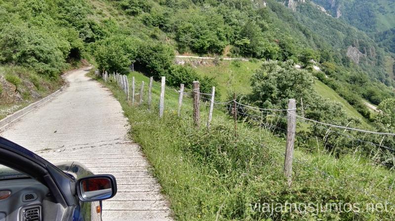 La carretera Veigas - La Falguera Ruta en coche por los pueblos con encanto del Parque Natural de Somiedo