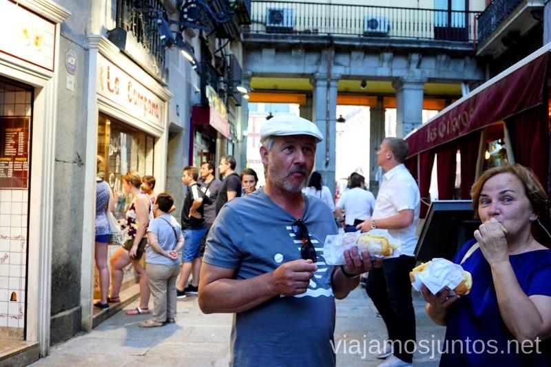 Oh!!! Esto sabe bien. Calamares de Madrid #ViajarConSuegra Cómo viajar con padres o gente mayor y no morir en el intento