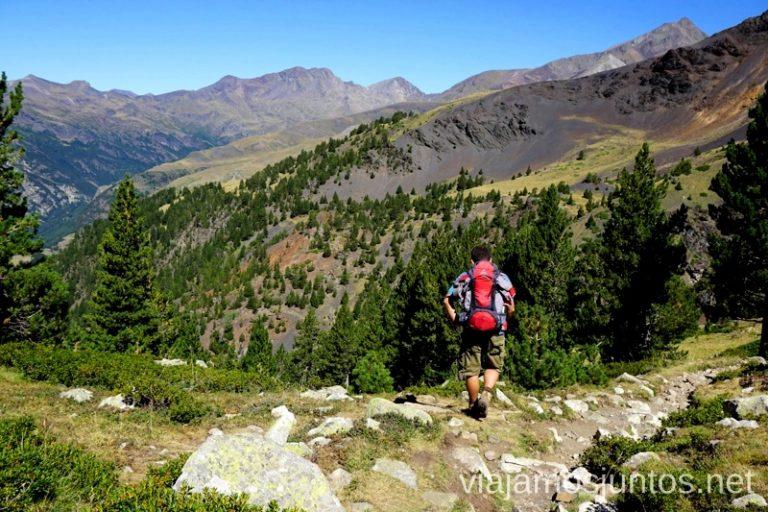 Ruta circular de tres días por el Pirineo Aragonés Ruta de los tres refugios por el Parque Natural Posets-Maladeta, Pirineo Aragonés Aragón