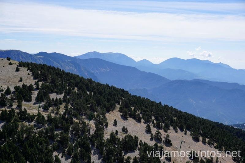 Ascensión al Pedró dels Quatre Batlles Rutas de senderismo por el Valle de Lord, Lérida, Cataluña Pirineo