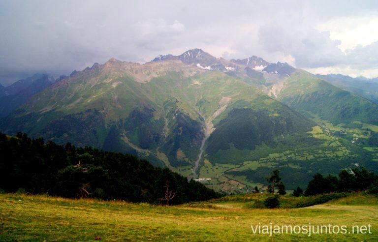 Viajar a Georgia es viajar al Majestuoso Cáucaso. Guía de viaje a Georgia. Viajar a Georgia. Consejos prácticos. Tips de viaje a Georgia.