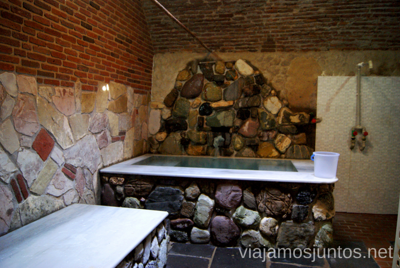 Nuestra habitación en Gulo's Thermal Spa, Tbilisi Qué ver y hacer en Tbilisi (Tiflis), la capital de Georgia