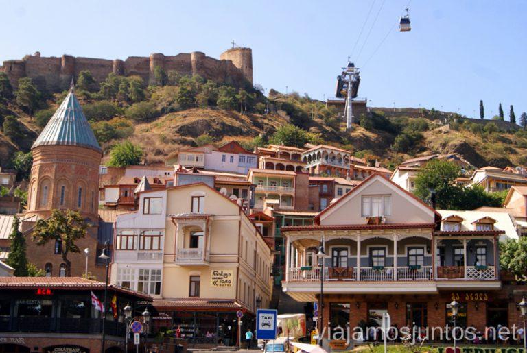 Tbilisi, la capital de Georgia, una explosión de formas y colores. Guía de viaje a Georgia. Viajar a Georgia. Consejos prácticos. Tips de viaje a Georgia.