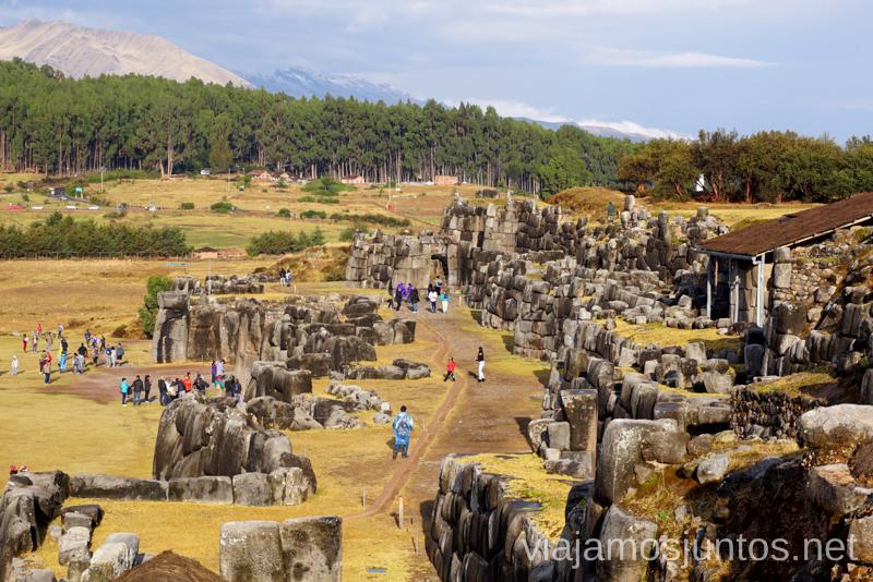 El recinto arqueológico Sacsayhuaman, Cuzco Ruta por Perú de 30 días Itinerario Peru Viaje a Perú #PerúJuntos