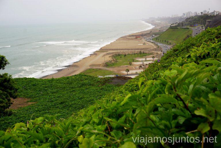 Lima mirando el océano Ruta por Perú de 30 días Itinerario Peru Viaje a Perú #PerúJuntos