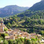 Valldemossa con vistas a la Sierra de Tramuntana Un fin de semana en las Islas Baleares Mallorca