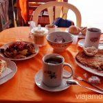 Nuestro desayuno en Paracas. Qué ver y hacer en Paracas. Organizar la visita a las islas Ballestas y Reserva Nacional de Paracas Peru #PerúJuntos Perú