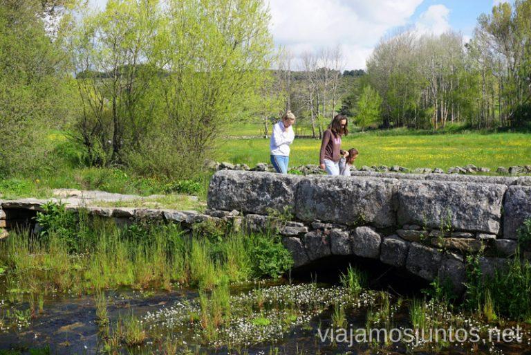 Puente antiguo en Navarredonda de Gredos Qué hacer en Gredos Norte, la Sierra Norte de Gredos. Dónde dormir y dónde comer