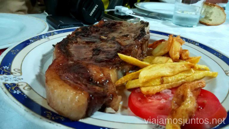 Chuletón en Venta del Obispo. Qué hacer en Gredos Norte, la Sierra Norte de Gredos. Dónde dormir y dónde comer