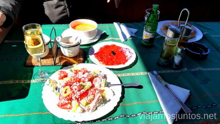 Restaurante Bulgaria en Koprivshchitsa. Dónde y qué comer en Bulgaria. Gastronomía de Bulgaria #BulgariaJuntos