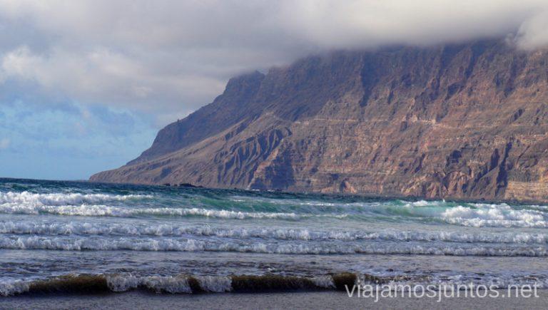 Playa de Famara, Lanzarote Qué ver y hacer en Lanzarote, #LanzaroteJuntos