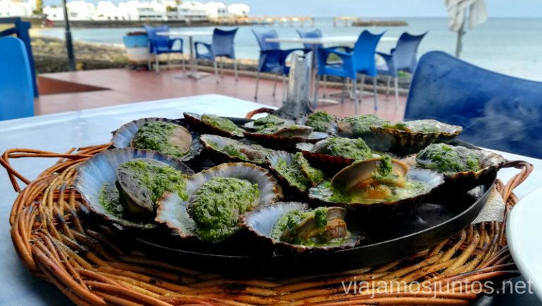 Lapitas en el bar La casita de la Playa en Arrieta. Dónde comer en Lanzarote, Islas Canarias #LanzaroteJuntos Canary Islands Gastronomía