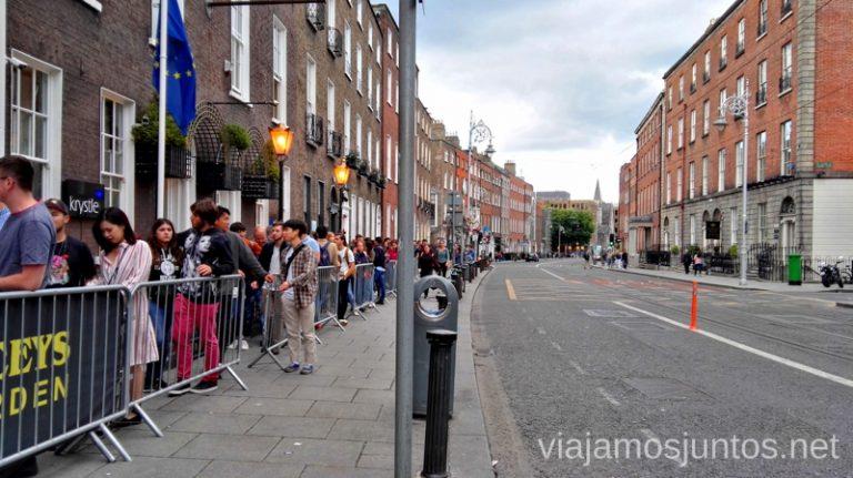 Cola para entrar a Diecey's. Qué ver y hacer en Dublín Nuestros imprescindibles #IrlandaJuntos