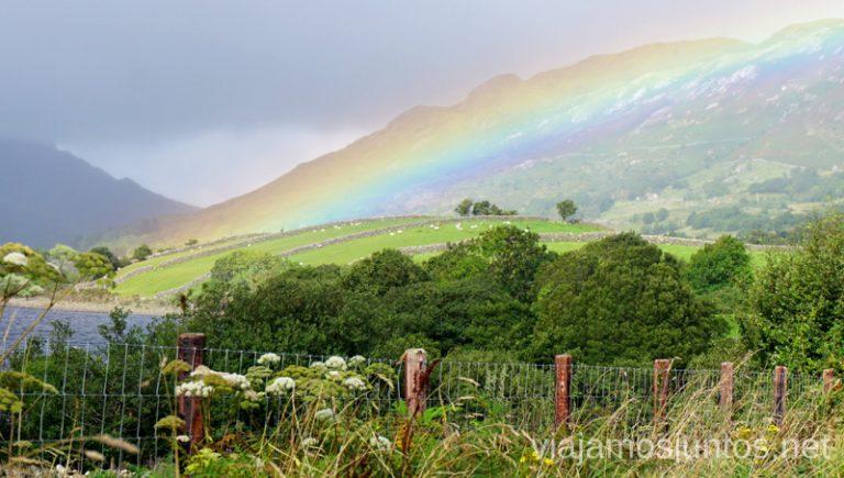 Recorriendo Irlanda donde el sol se mezcla con la lluvia. Consejos prácticas para preparar tu viaje a Irlanda. Guía de viaje de irlanda #IrlandaJuntos