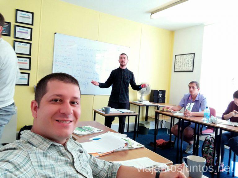 Los profes que lo pasan muy bien en clase. Dónde estudiar inglés en Dublín Irlanda #IrlandaJuntos Escuela de inglés Englishour