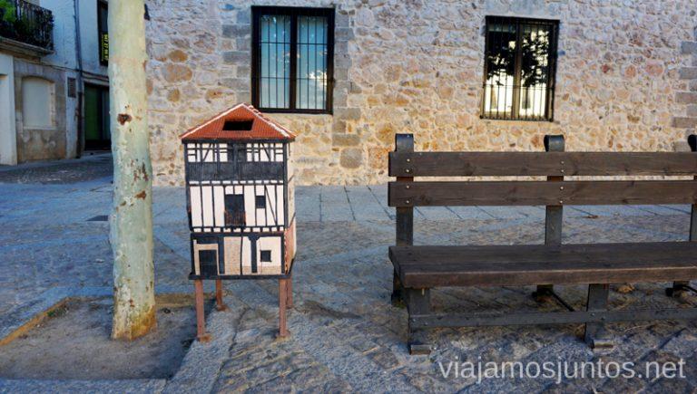 Famosas papeleras de Covarrubias. Hechas en la alfarería local. Qué ver y qué hacer en Covarrubias Arlanza Burgos Castilla y León
