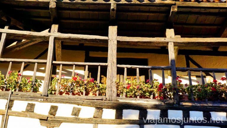 Balconadas en Covarrubias. Qué ver y qué hacer en Covarrubias Arlanza Burgos Castilla y León