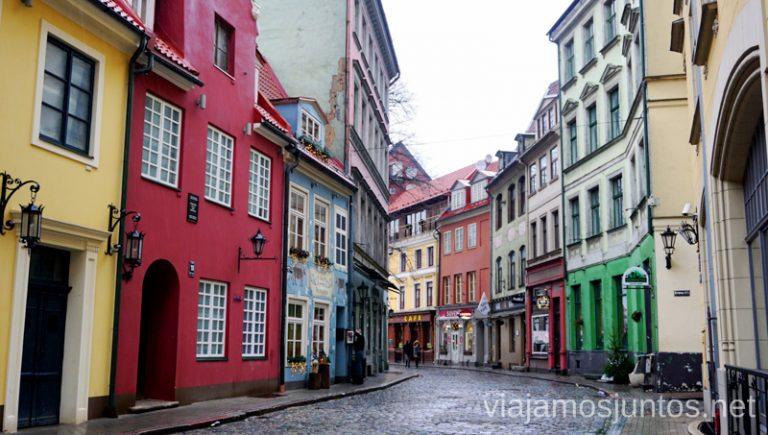 Las calles de Riga. Itinerario de 14 días por Países Bálticos. Roadtrip por Países Bálticos de 2 semanas, ruta de viaje