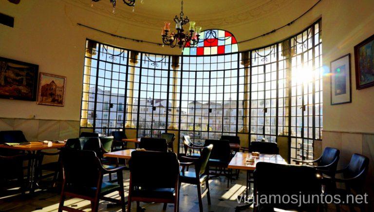 El ventanal del Casino de Aracena. Qué ver y hacer en Aracena Provincia de Huelva Andalucía España