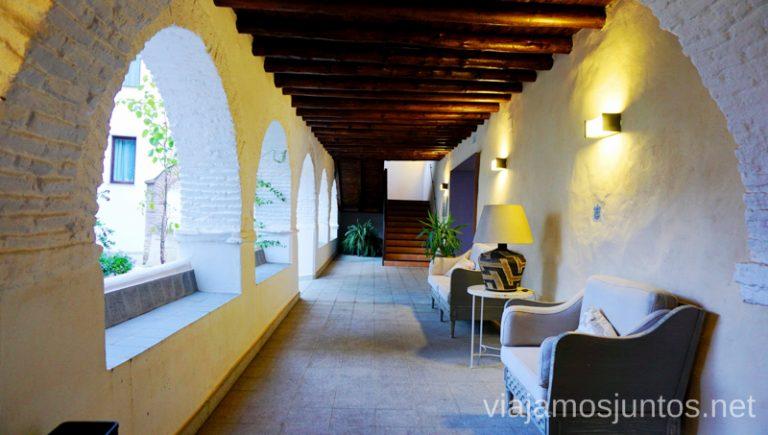El Claustro del hotel-convento Aracena. Qué ver y hacer en Aracena Provincia de Huelva Andalucía España