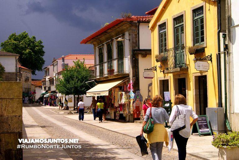 Calles de la ciudad fortificada de Valenca. Valenca, Portugal Destinos para Semana Santa.