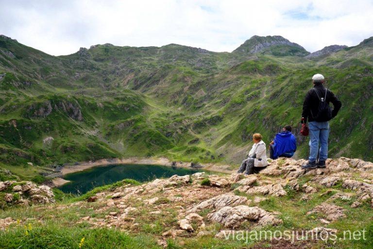 Lagos de Saliencia. Ruta de los lagos de Saliencia Parque Natural de Somiedo Asturias Destinos para Semana Santa