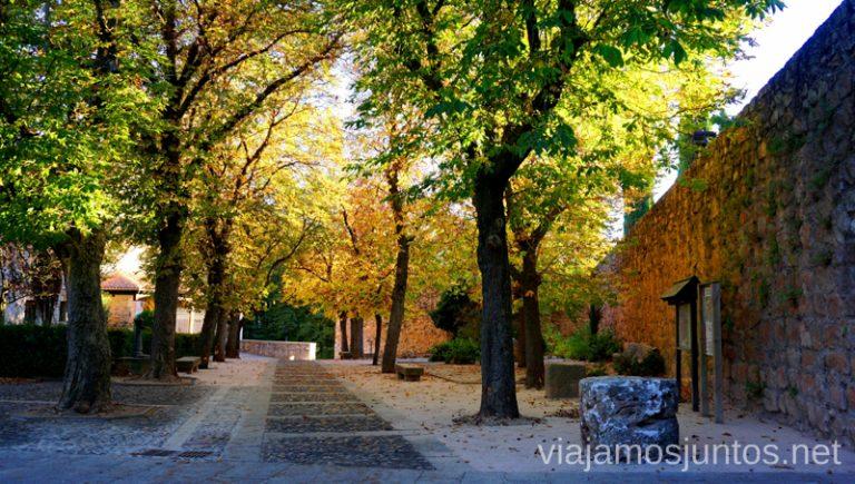 Covarrubias Pueblos con encanto de Arlanza Qué ver y qué hacer en el valle del Arlanza. Pueblos con encanto del Arlanza Castilla y León