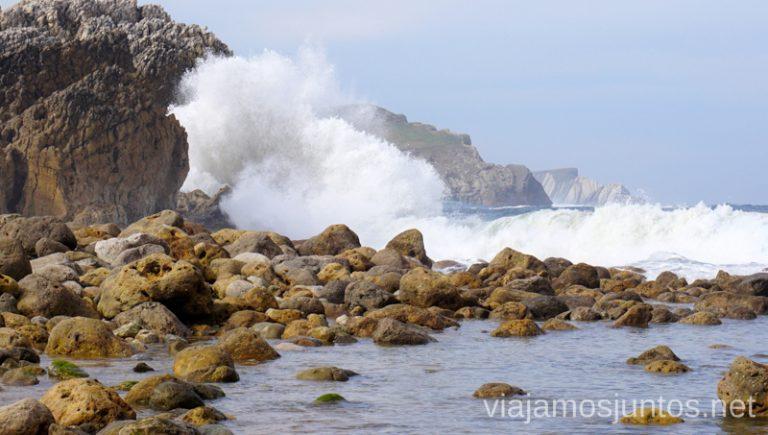 Playa de la Virgen del Mar Alrededores de la Costa Quebrada Qué ver y hacer en Costa Quebrada Cantabria Spain