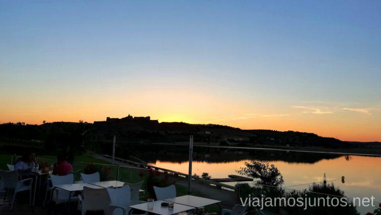 Embarcadero al atardecer. Qué ver y hacer en el lago Alqueva #Experiencias_Alqeuva Extremadura Portugal
