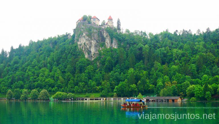 Castillo sobre el lago Bled. Qué ver y hacer en Eslovenia Campervan en Eslovenia Lago Bled #EsloveniaJuntos