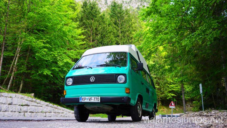 Buscando lugar para pernoctar en campervan en Eslovenia. Alquilar Campervan en Eslovenia Consejos y datos prácticos #EsloveniaJuntos