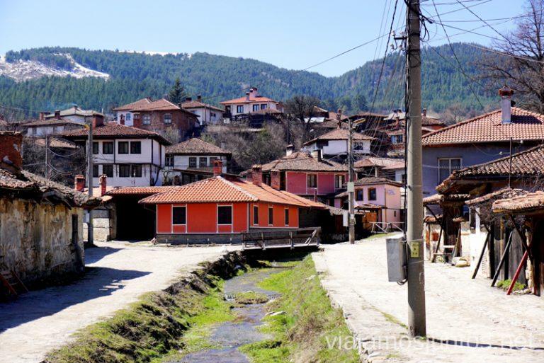 Bulgaria y sus pueblos tradicionales. Europa del Este Destinos de vacaciones