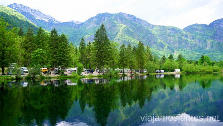 Lago Bohinj desde el kayak. Qué ver y hacer en Eslovenia Campervan en Eslovenia #EsloveniaJuntos