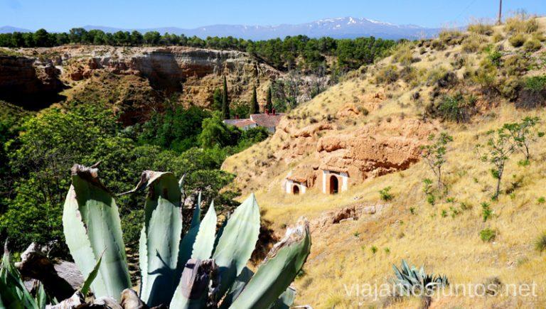 Casas-cueva La Tala en Guadix. Vistas a Sierra Nevada. Dónde alojarse en Granada.