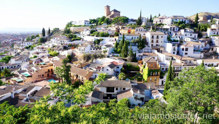 Explora Granada en verano con Granada Card en la mano. Qué ver y hacer en Granada